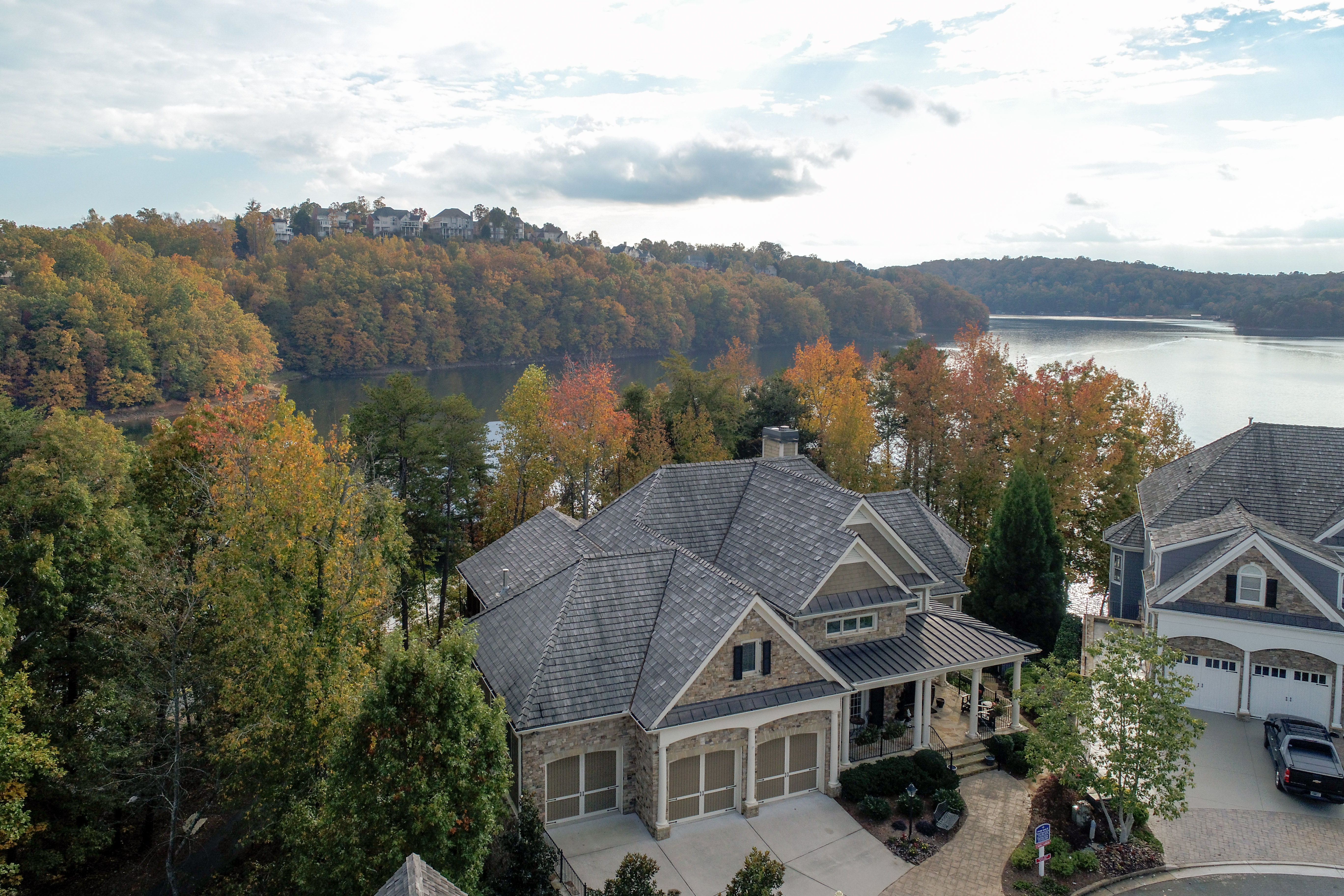 Lakefront home for sale on Lake Lanier- pure luxury!