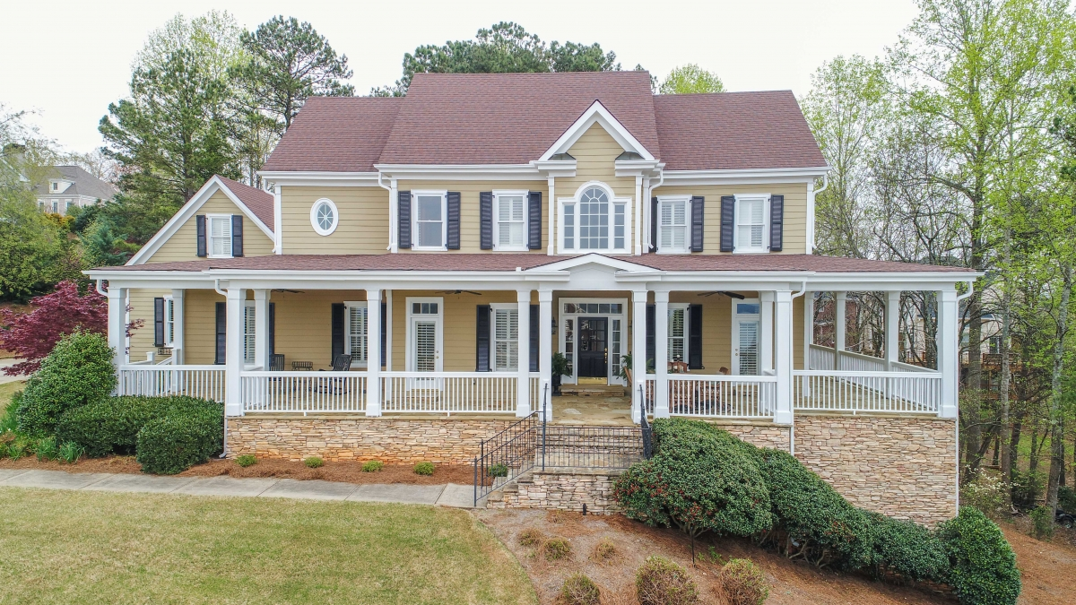 3515 Lake Breeze Lane Harbour Point  Southern Living Charm
