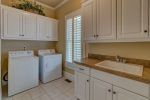 3515 Lake Breeze Lane Harbour Point Laundry